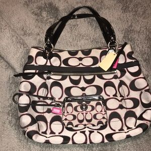 2013 Coach handbag and small wristlet!